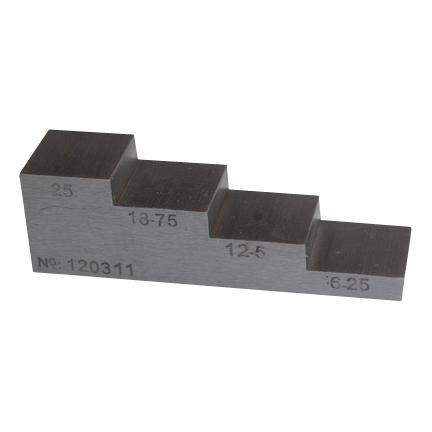 Diktemeter - inspectietechniek.com - ultrasoon trappenplaatje testblok